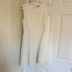 Forever 21 white flower detailed dress fit flare